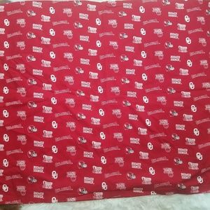 Other - Oklahoma Boomer Sooners Cotton Tablecloth Red